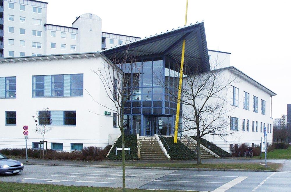 Außenansicht der Zahnarztpraxis in Kiel